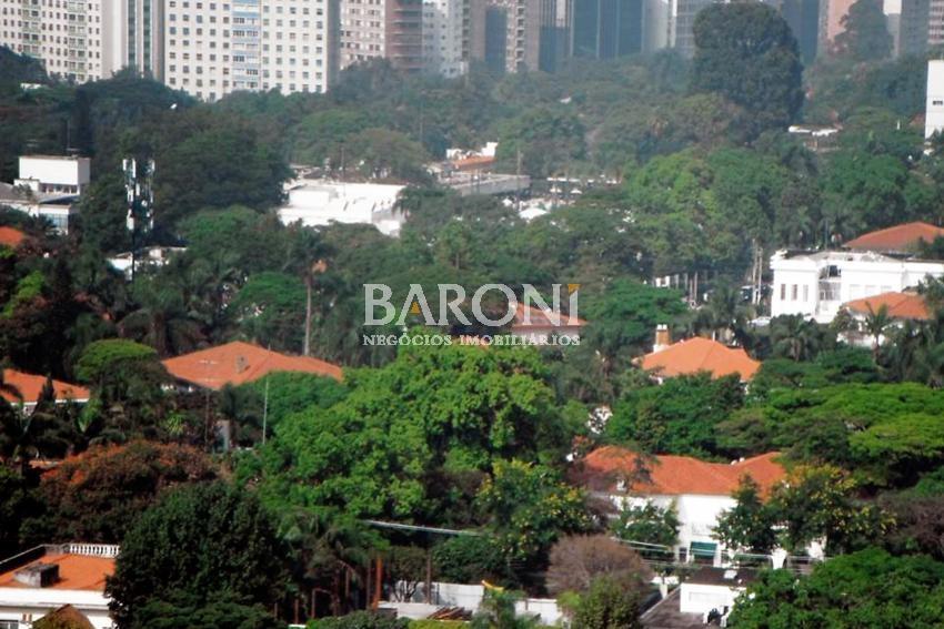 Cobertura Duplex de 4 dormitórios em Jardim América, São Paulo - SP
