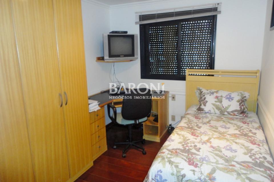Apartamento de 4 dormitórios à venda em Itaim, São Paulo - SP