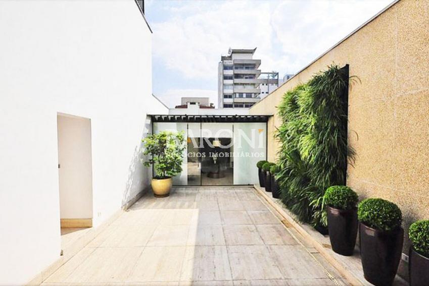 Cobertura Duplex de 2 dormitórios em Vila Nova Conceição, São Paulo - SP