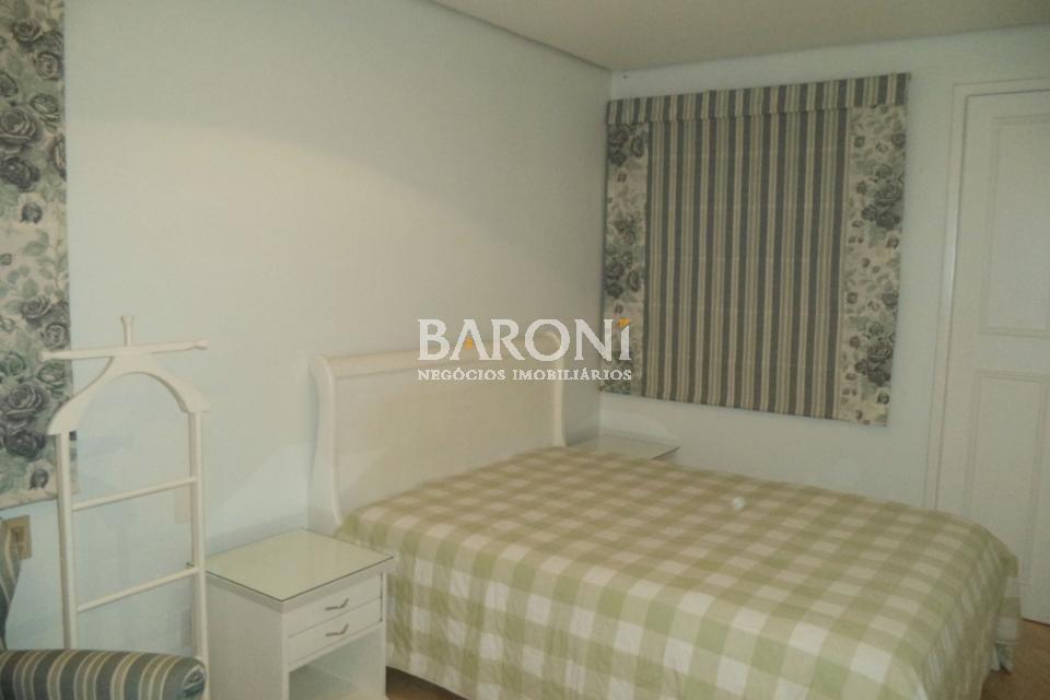 Flat de 2 dormitórios em Vila Nova Conceição, São Paulo - SP