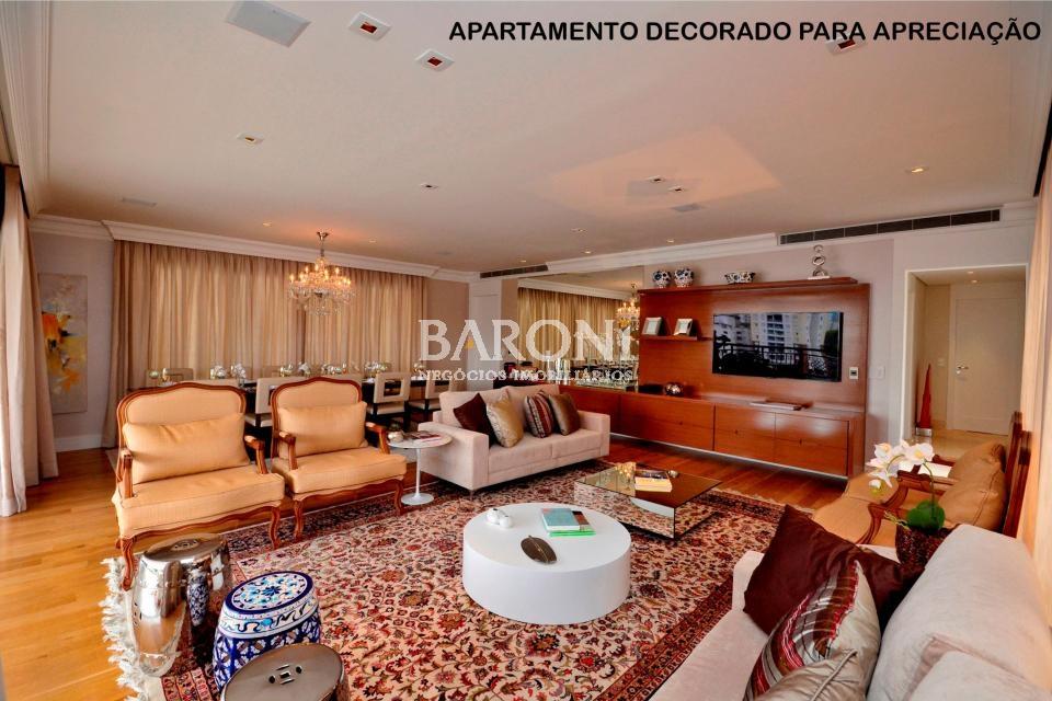 Apartamento à venda em Vila Olímpia, São Paulo - SP