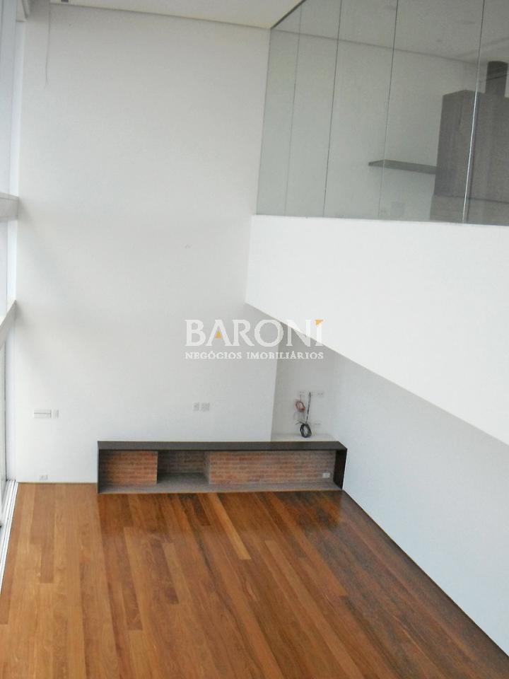 Cobertura Duplex de 5 dormitórios em Pacaembu, São Paulo - SP