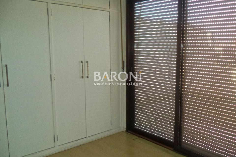 Cobertura Triplex de 4 dormitórios à venda em Jardim Europa, São Paulo - SP