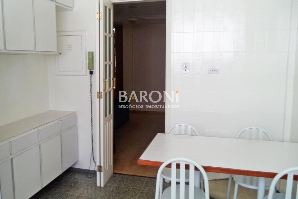 Apartamento de 3 dormitórios à venda em Jardim Europa, São Paulo - SP