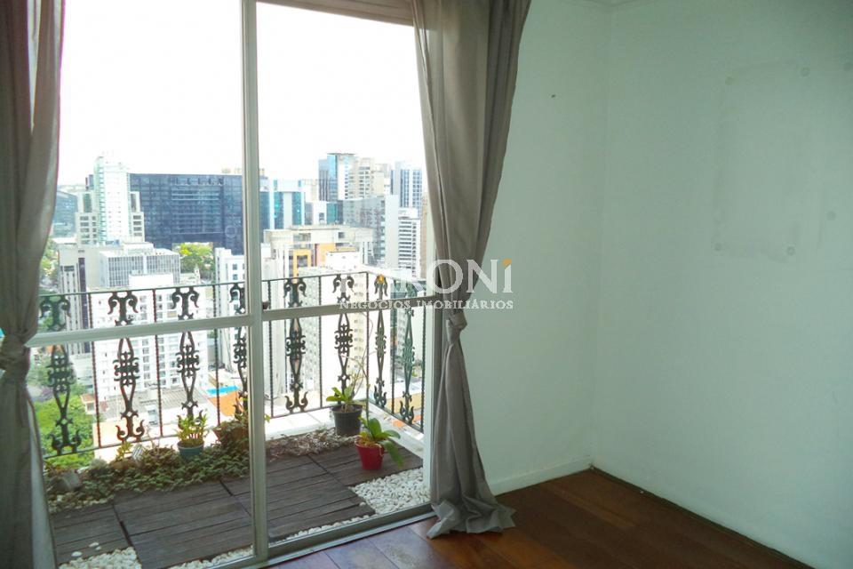 Cobertura Duplex de 2 dormitórios à venda em Itaim, São Paulo - SP