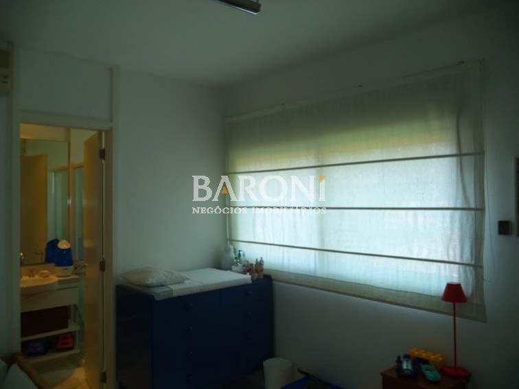 Apartamento de 2 dormitórios em Itaim, São Paulo - SP