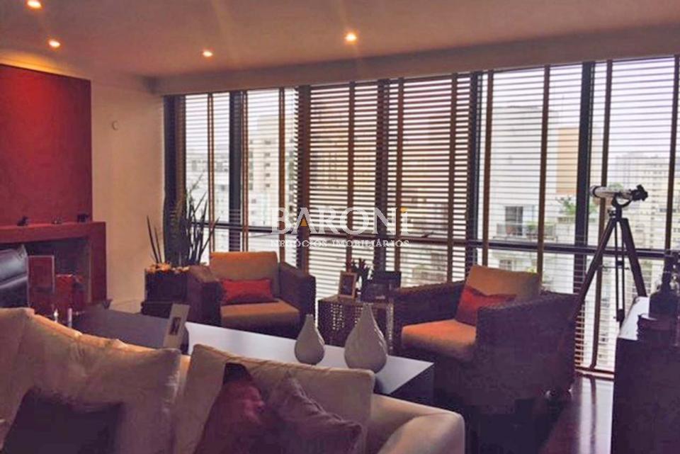 Cobertura Duplex de 5 dormitórios em Moema, São Paulo - SP