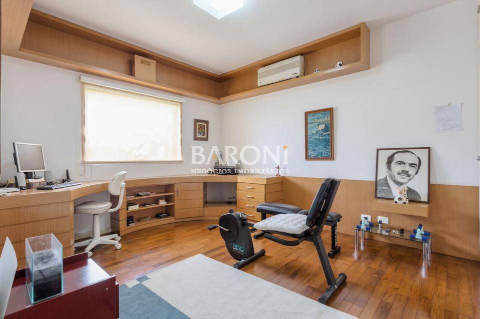 Apartamento de 4 dormitórios à venda em Real Park, São Paulo - SP